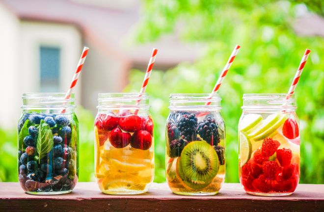 6 Healthy Ways To Spice Up Your Water During A Detox